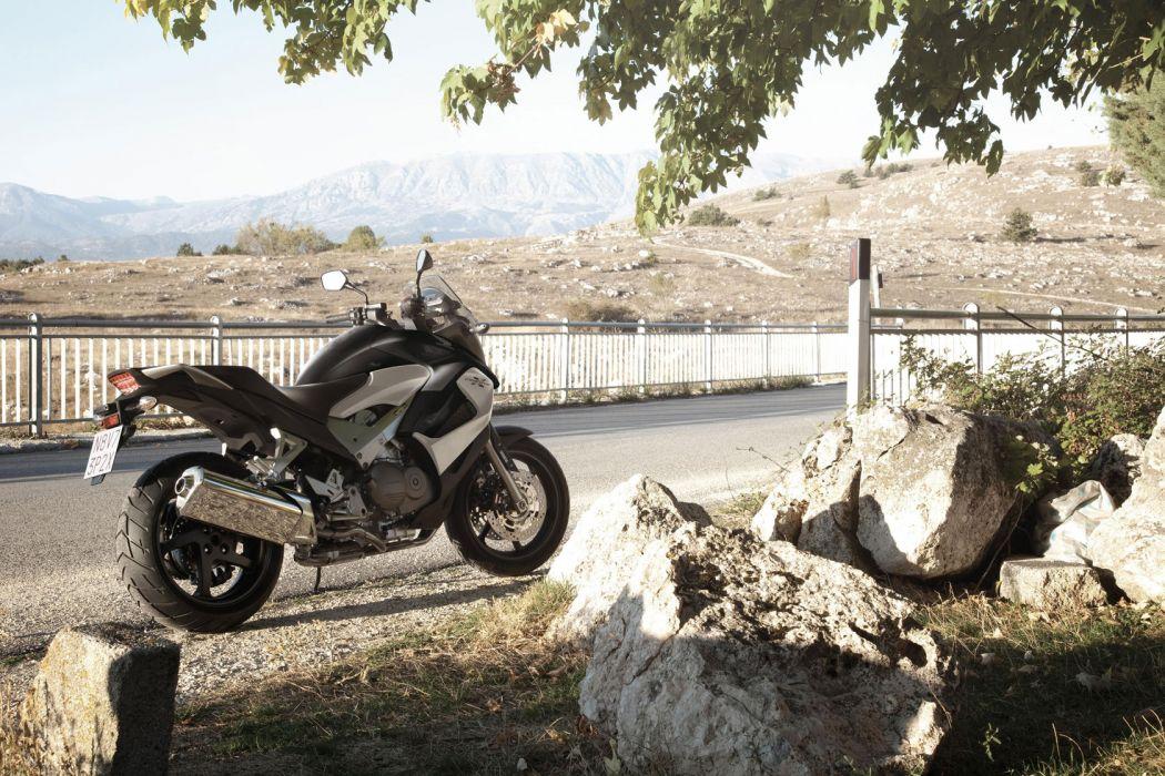 2012 Honda Crossrunner VFR800X  f wallpaper