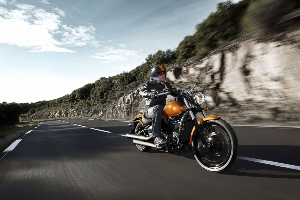 2012 Kawasaki Vulcan 900 Custom wallpaper