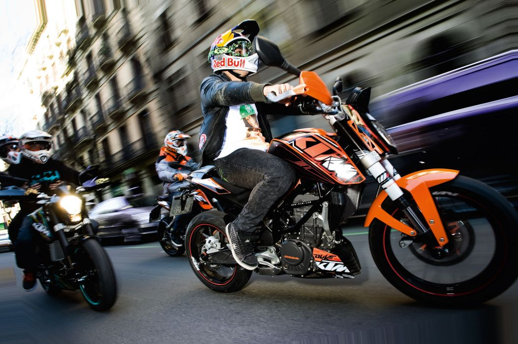 2012 KTM 125 Duke  g wallpaper