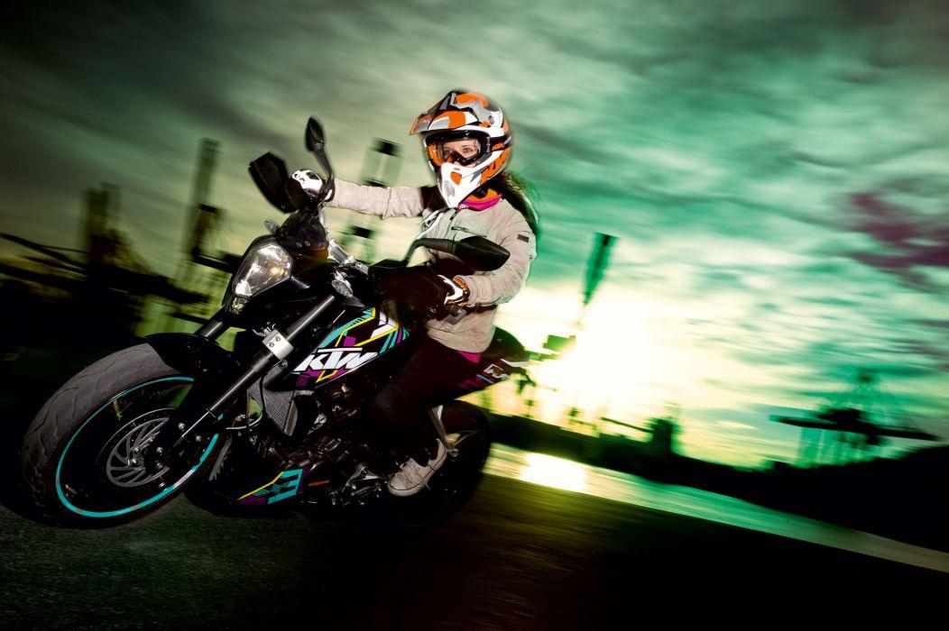 2012 KTM 125 Duke wallpaper