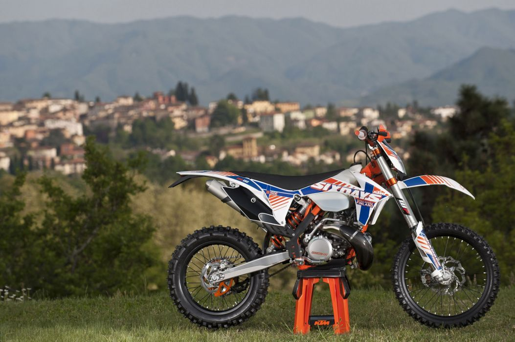 2012 KTM 250 EXC Six Days   f wallpaper