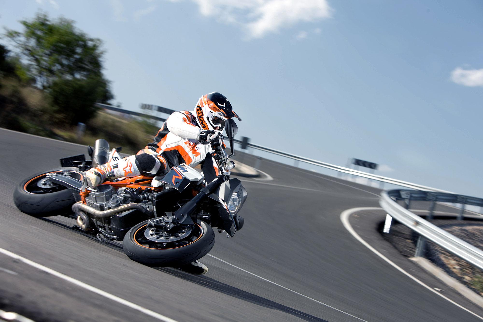 2012 KTM 990 SMR Wallpaper  2000x1334 91060 WallpaperUP