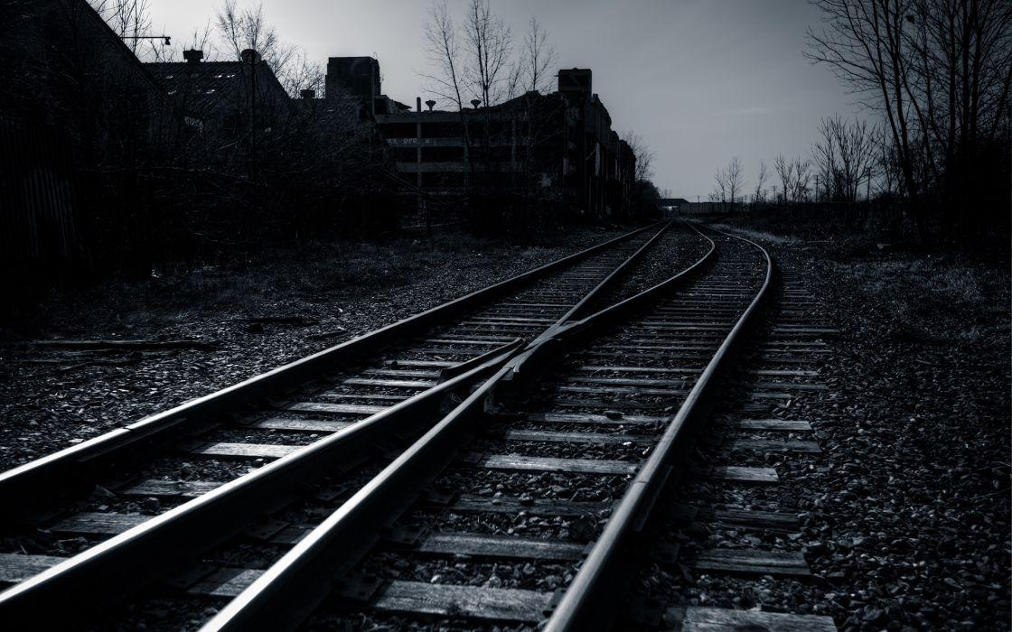 Railroad Rails B-W wallpaper