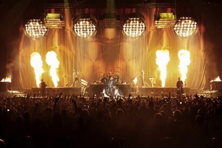 RAMMSTEIN industrial metal heavy concert concerts fire e wallpaper
