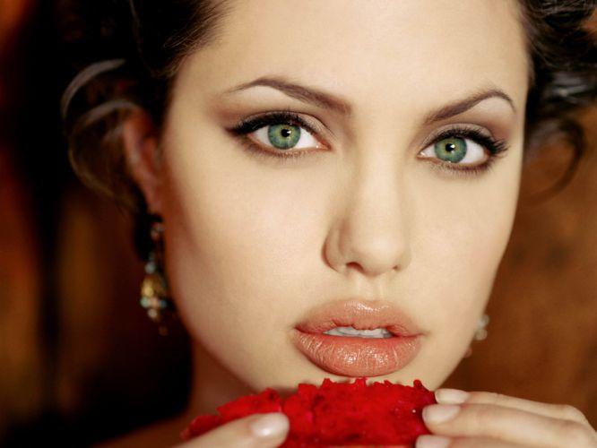 Angelina Jolie actress brunette girl girls women female females y wallpaper