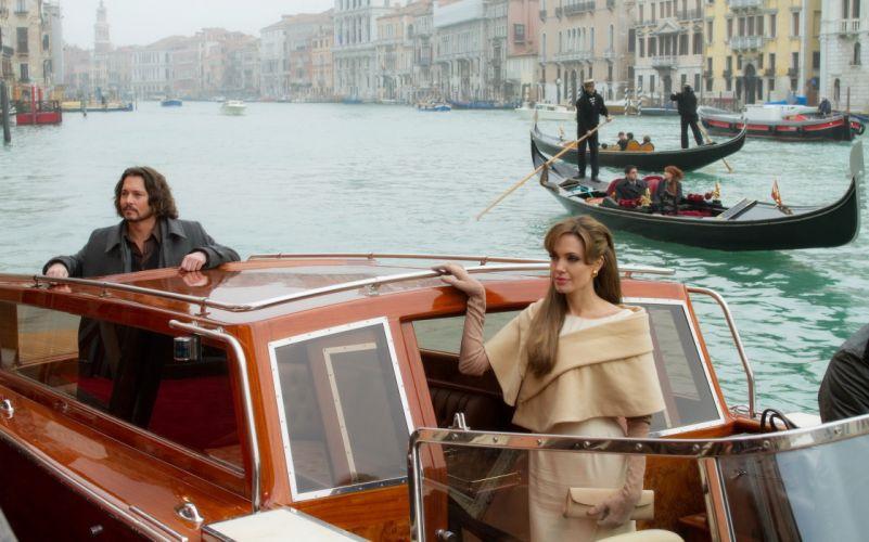Angelina Jolie actress brunette girl girls women female females tourist johnny depp movies b wallpaper