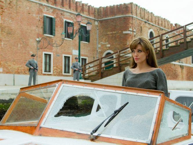 Angelina Jolie actress brunette girl girls women female females tourist johnny depp movies t wallpaper