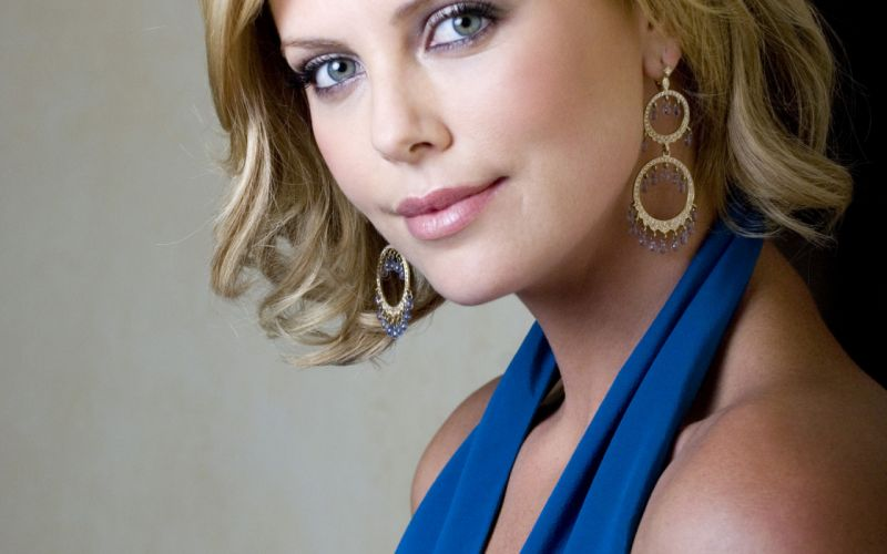 Charlize Theron actress women females female girl girls blonde blondes f wallpaper