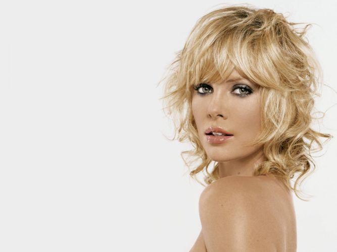 Charlize Theron actress women females female girl girls blonde blondes v wallpaper