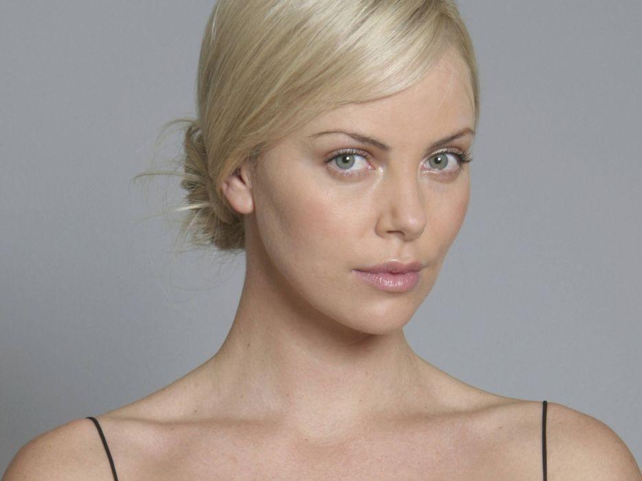 Charlize Theron actress women females female girl girls blonde blondes    x wallpaper