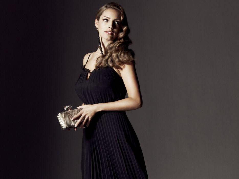 Kelly Brook actress model models women females female girl girls   d wallpaper