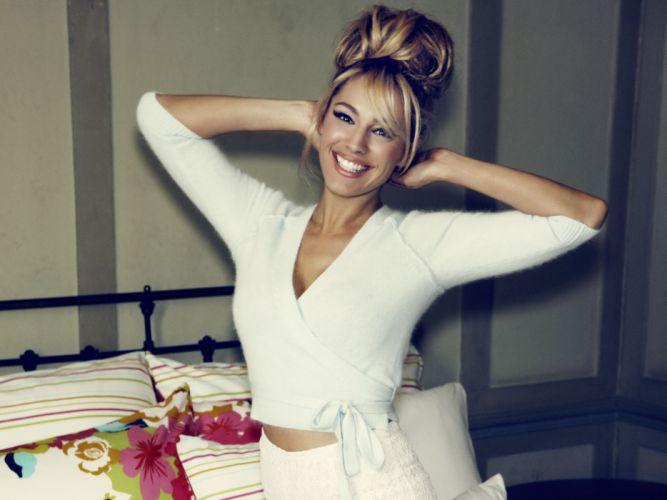 Kelly Brook actress model models women females female girl girls q wallpaper