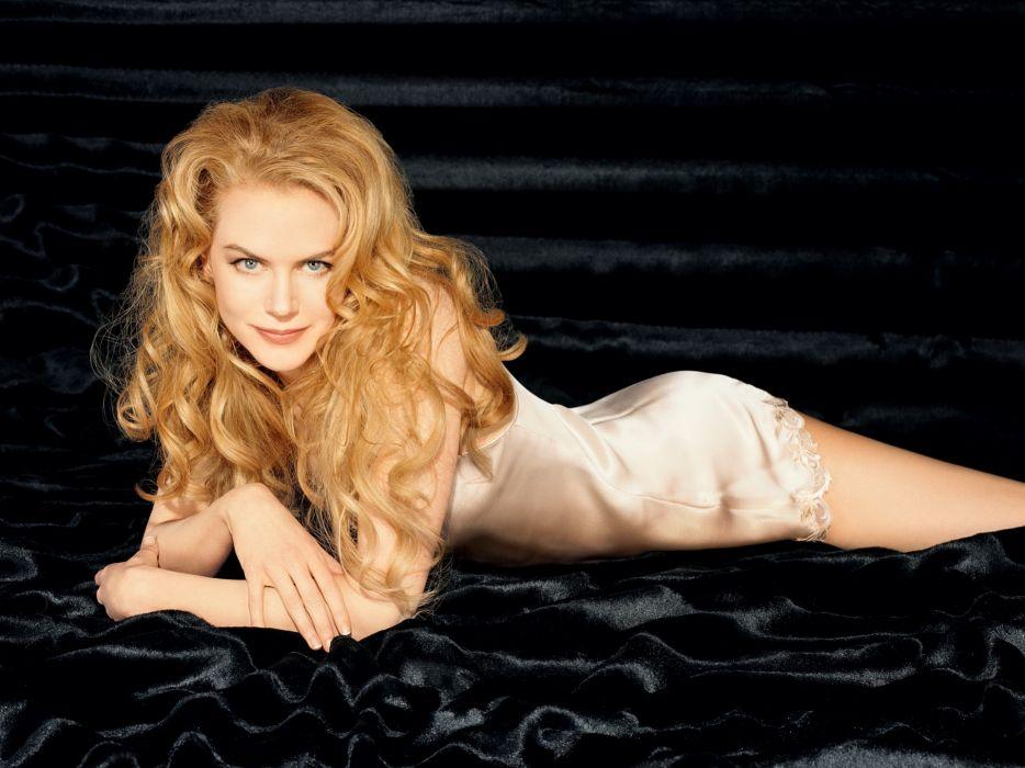 Nicole Kidman actress women female females girl girls blonde blondes redheads rehead   d wallpaper