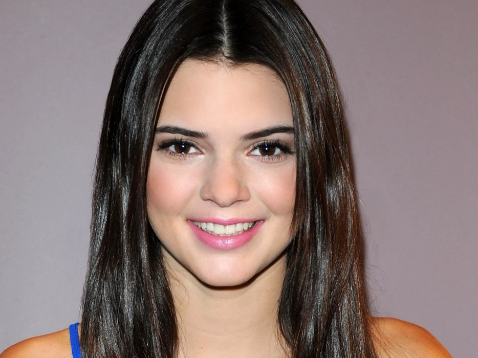 Kendall Jenner model models brunette brunettes women female females girl girls  r wallpaper