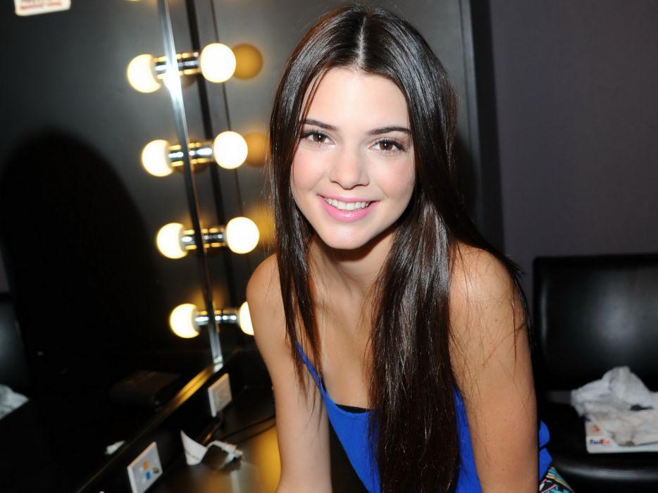 Kendall Jenner model models brunette brunettes women female females girl girls wallpaper