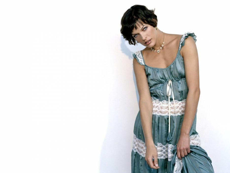 Milla Jovovich actress brunette brunettes women female feamles girl girls l wallpaper
