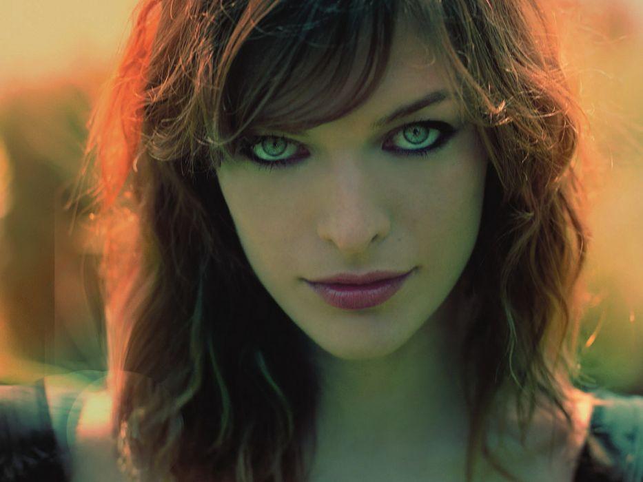Milla Jovovich actress brunette brunettes women female feamles girl girls wallpaper