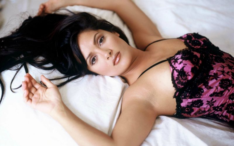 Salma Hayek actress brunette brunettes women woman female females girl girls o wallpaper