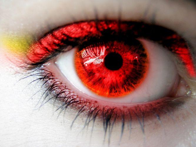 red eye wallpaper