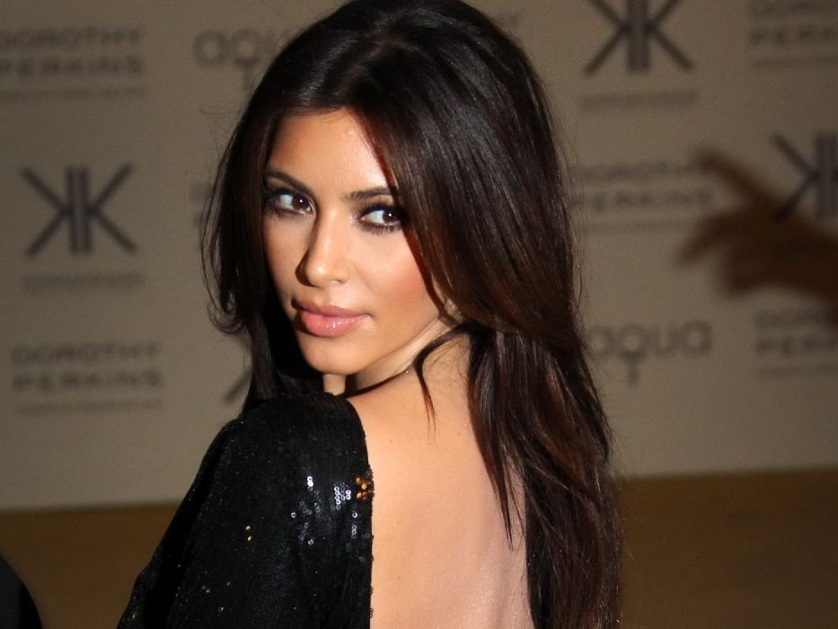 Kim Kardashian women female females     g wallpaper