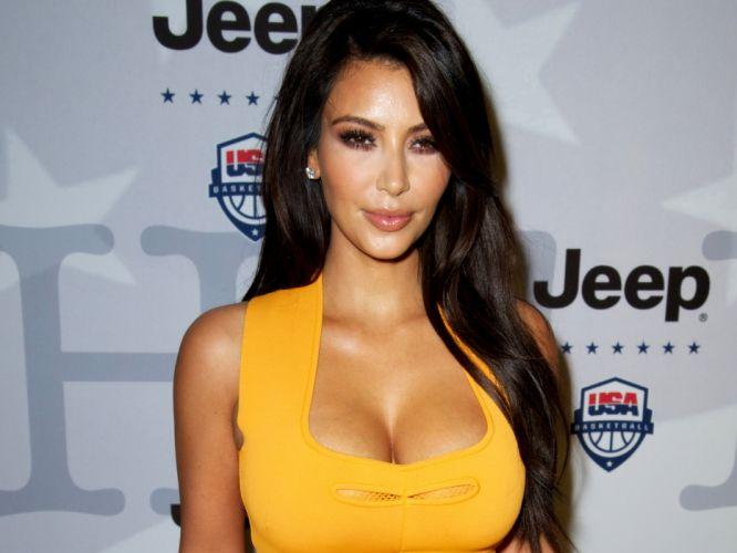 Kim Kardashian women female females d wallpaper