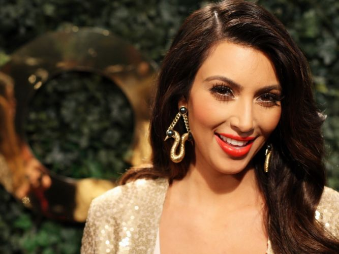 Kim Kardashian women female females s wallpaper