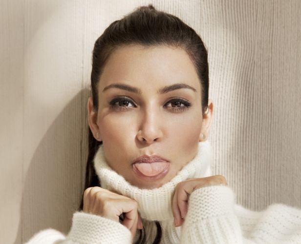 Kim Kardashian women female females sadic wallpaper
