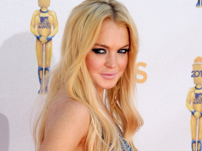 Lindsay Lohan actress women woman females female girls girl j wallpaper