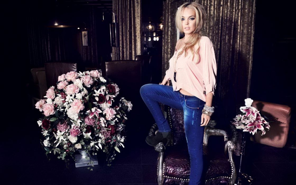 Lindsay Lohan actress women woman females female girls girl  f wallpaper