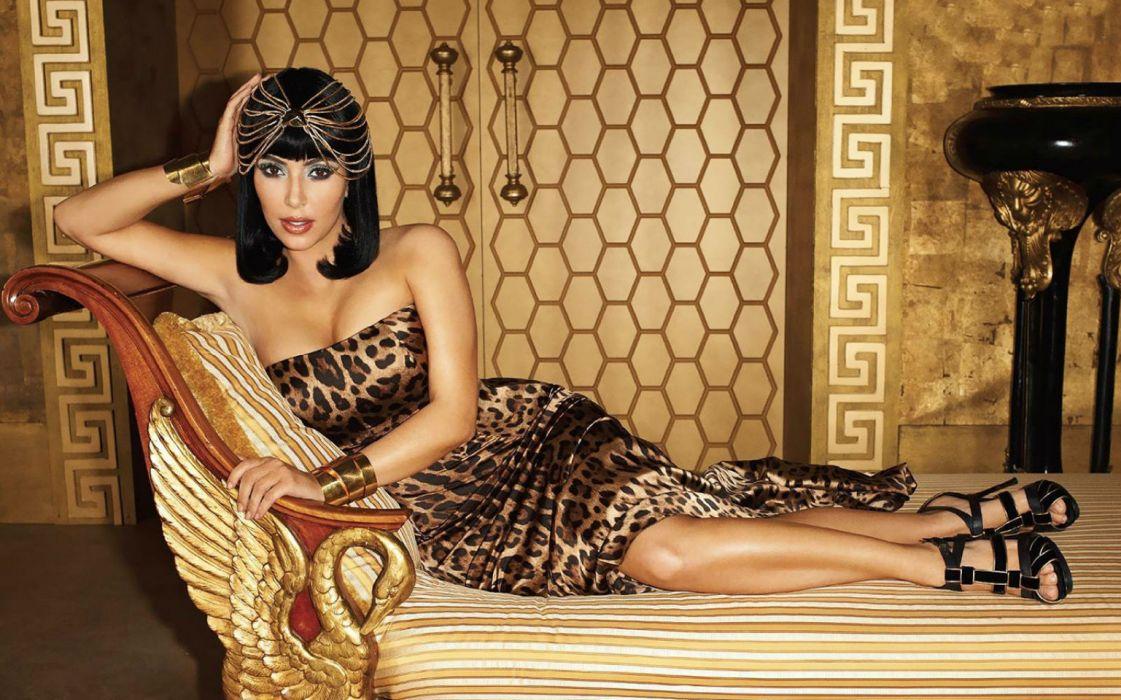 Kim Kardashian women female females          u wallpaper
