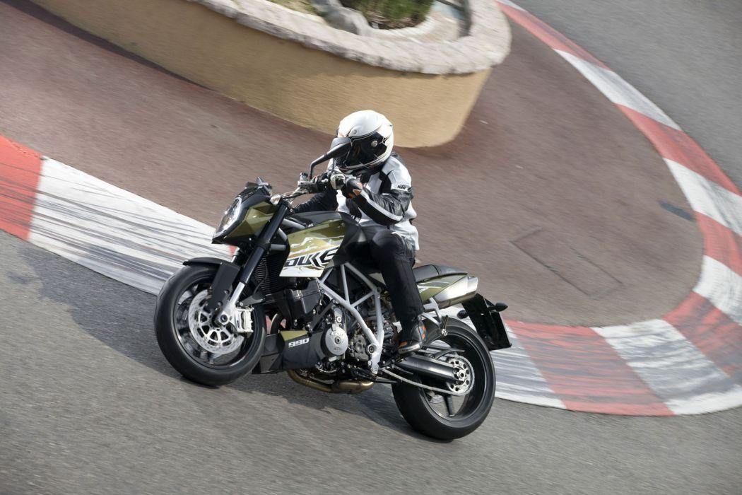 2010 KTM 990 Super Duke wallpaper
