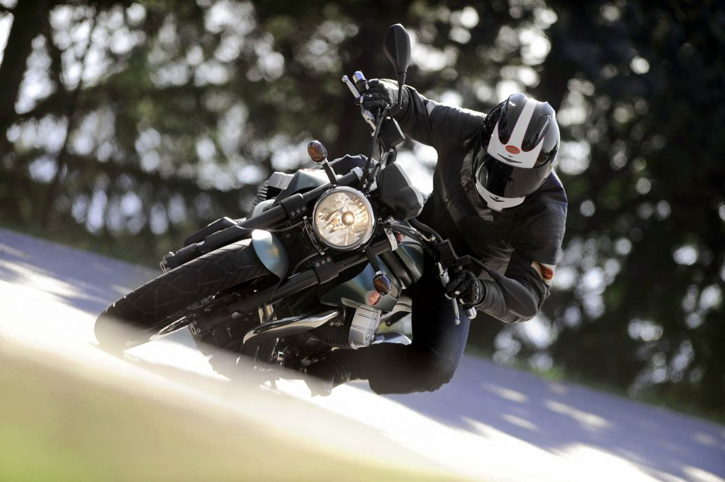 2011 Moto Guzzi Griso 1200 8-V S-E race racing wallpaper