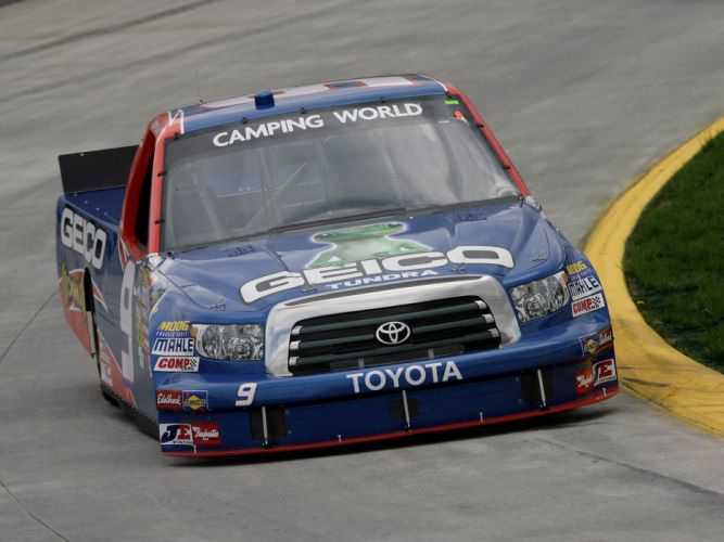 2009 Toyota Tundra NASCAR Camping World Series race racing wallpaper