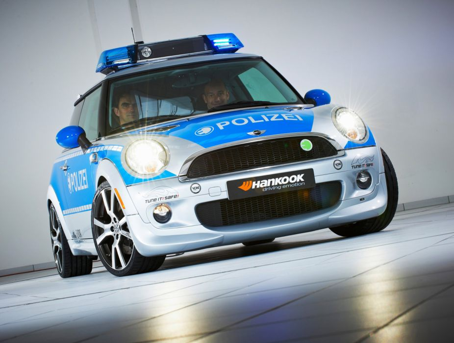 2010 AC-Schnitzer MINI-E Police mini b wallpaper