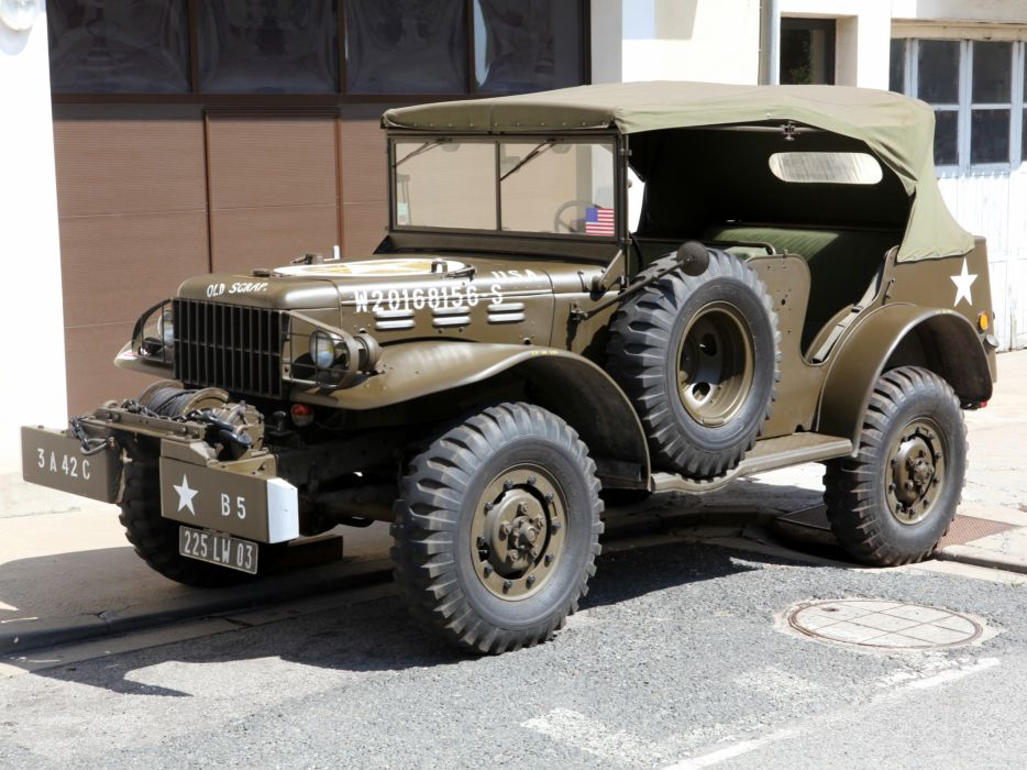 1942 Dodge WC-57 T214 military truck trucks wallpaper