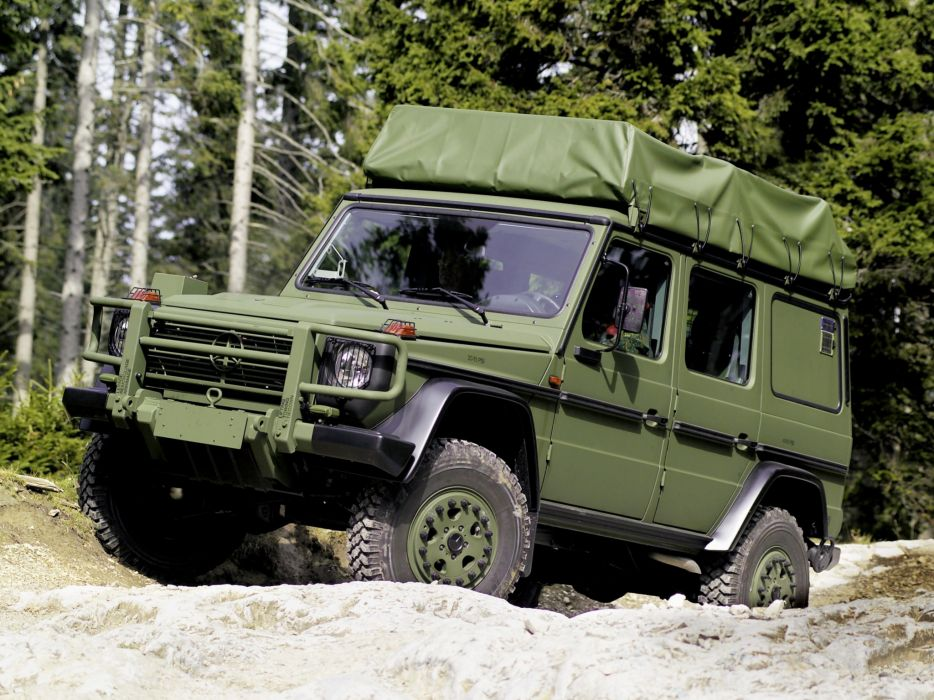 1992 Mercedes Benz G-Klasse W461 military 4x4 offroad wallpaper