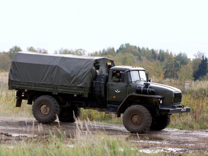 1996 Ural 43206-0111-41 military 4x4 truck trucks q wallpaper