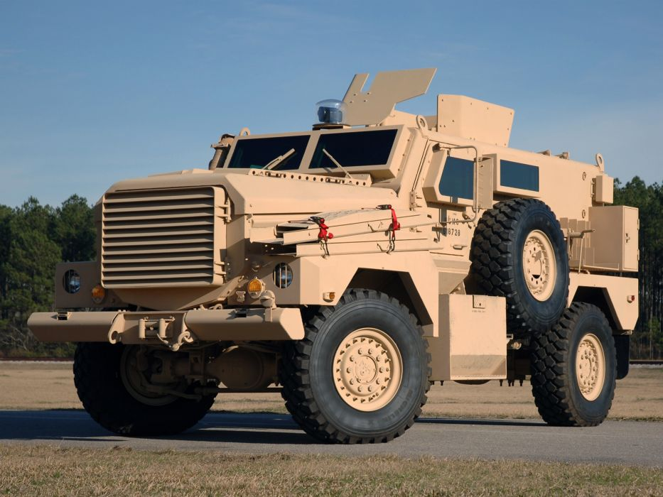 2002 Cougar 4x4 MRAP apc military truck trucks wallpaper
