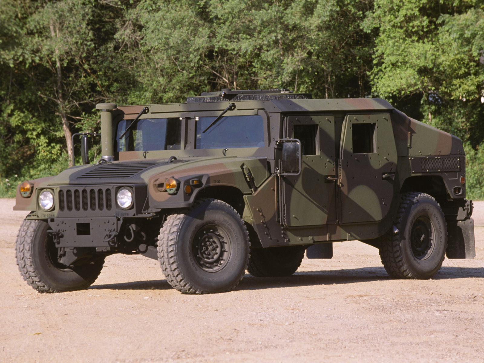 military hummer related images start 50 weili automotive network. Black Bedroom Furniture Sets. Home Design Ideas