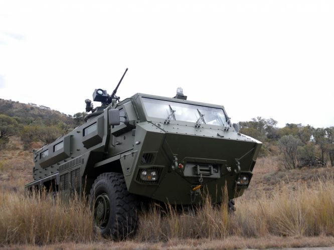 2009 BAE RG35 6x6 military fg wallpaper