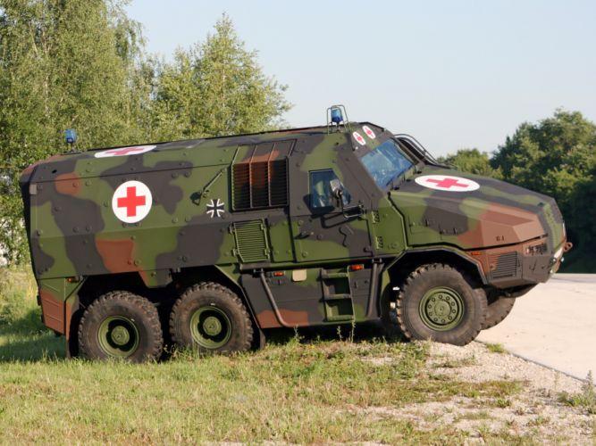 2010 KMW GFF4 Ambulance 6x6 military r wallpaper