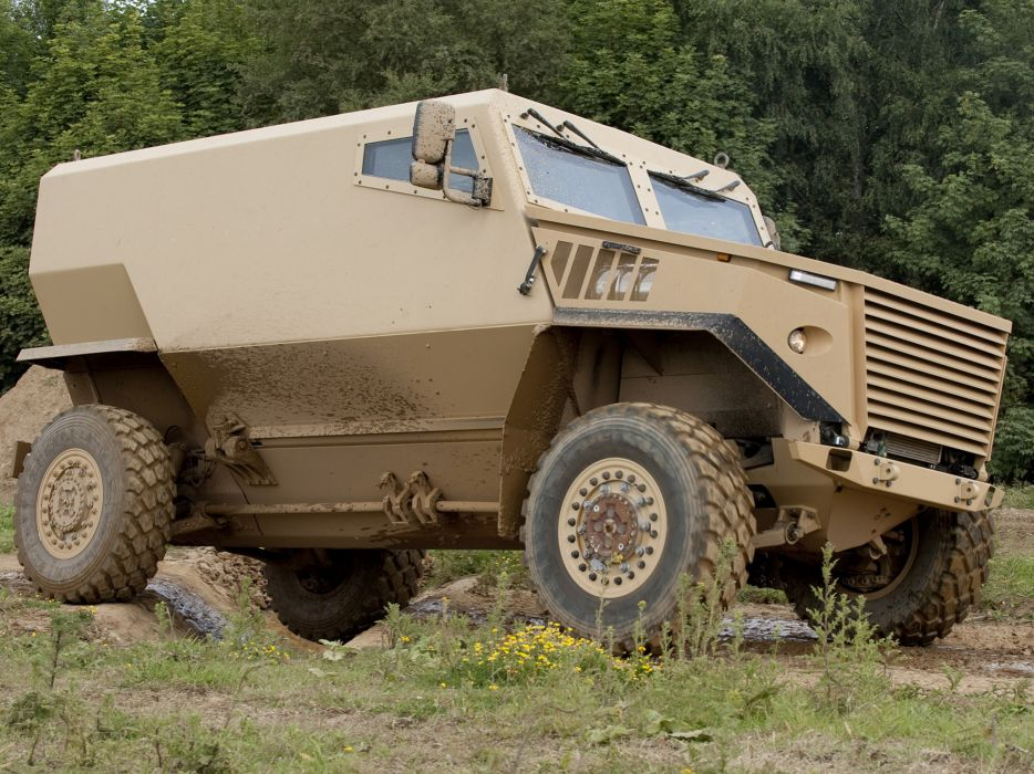2011 Ocelot LPPV 4x4 military s wallpaper