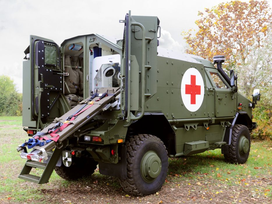 2012 KMW Dingo 2 4x4 Ambulance military wallpaper