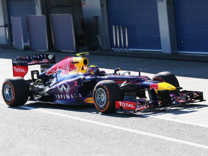 2013 Red Bull Renault Infiniti RB9 Formula One race racing f wallpaper