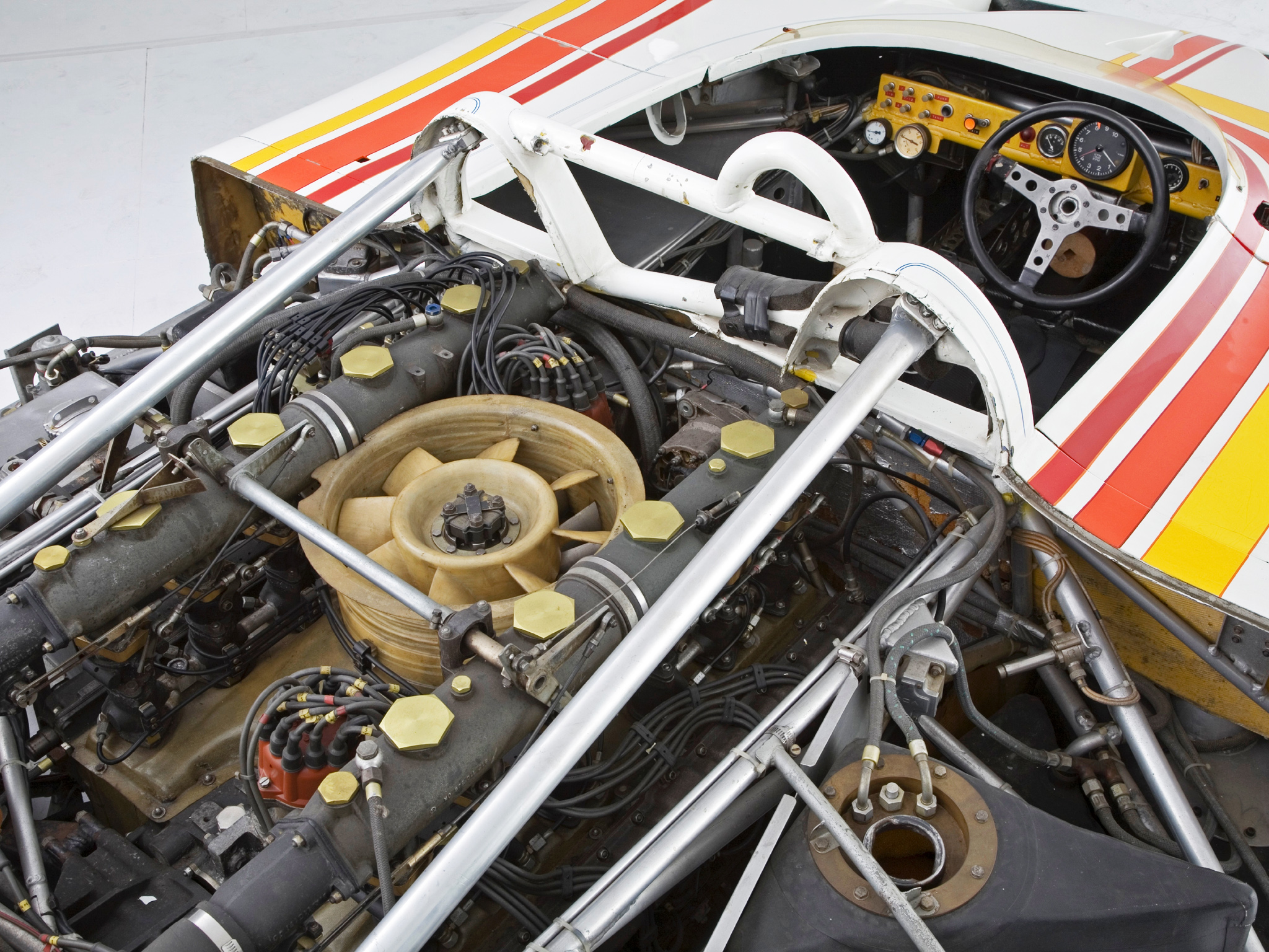 Porsche 917 10 can am spyder race racing engine engines wallpaper 2048x1536 95650 wallpaperup - Porsche engine wallpaper ...