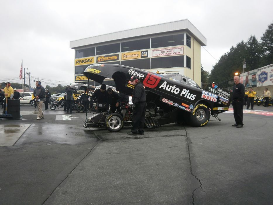 NHRA funny cars race racing drag      fd_JPG wallpaper