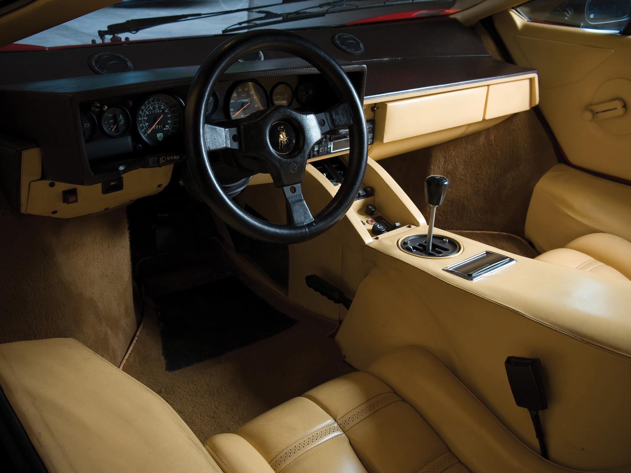 1985 lamborghini countach lp5000 s quattrovalvole lp5000 classic supercars supercar interior. Black Bedroom Furniture Sets. Home Design Ideas