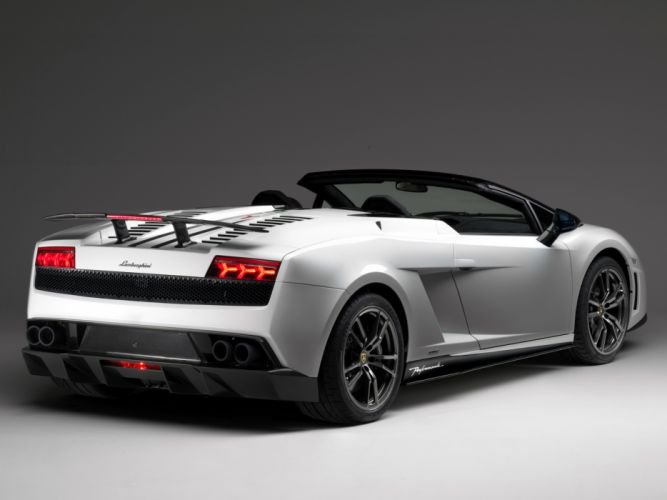 2010 Lamborghini Gallardo LP570-4 Spyder Performante supercar supercars f wallpaper