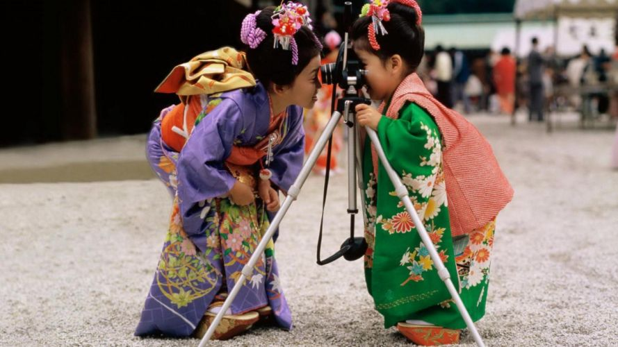 Funny Baby Girl humor camera child asian oriental kimono wallpaper