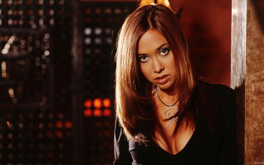 myleene klass singer pianist media-personality model women brunette     r wallpaper